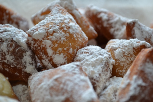 beignets with powdered sugar