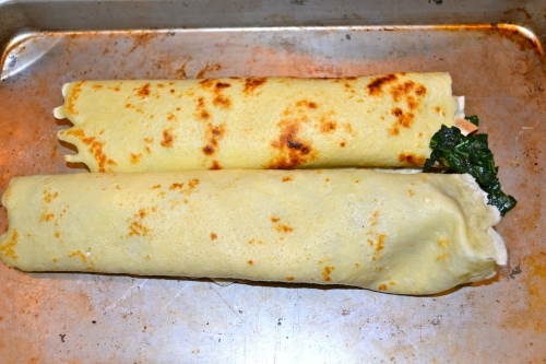 assemble the kale and cheese crepes