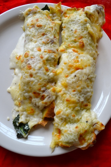 Cheesy Kale broiled crepes