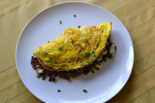 Goat cheese and lentil omelet
