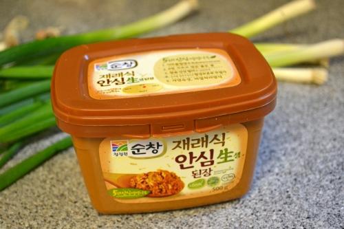 doenjang, soybean paste