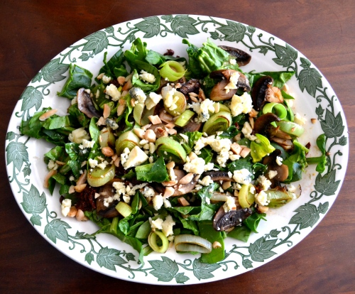 salad with leeks and stilton