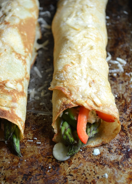 vegetable and gorgonzola stuffed crepes