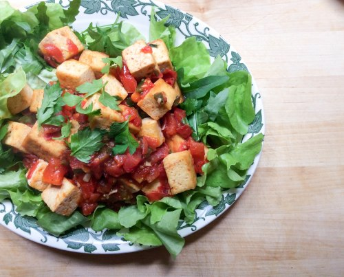 crispy tofu with tomato and chili sauce